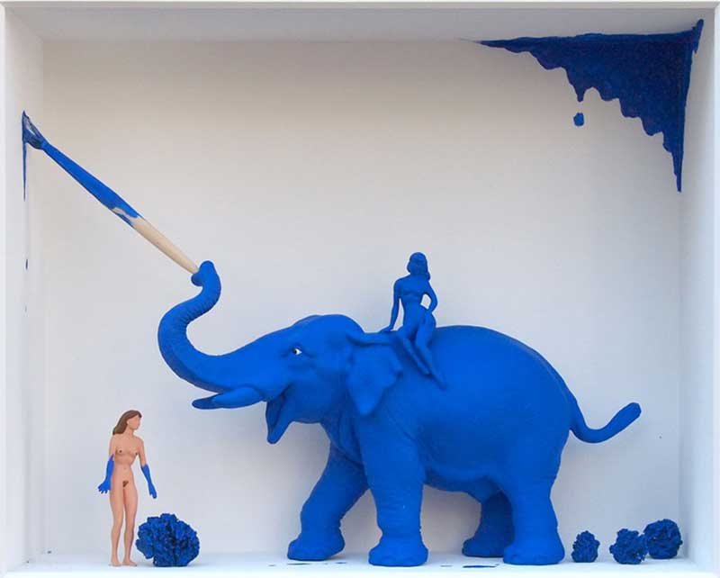 Volker Kühn - The-models-of-Yves-Klein - Art in Boxes